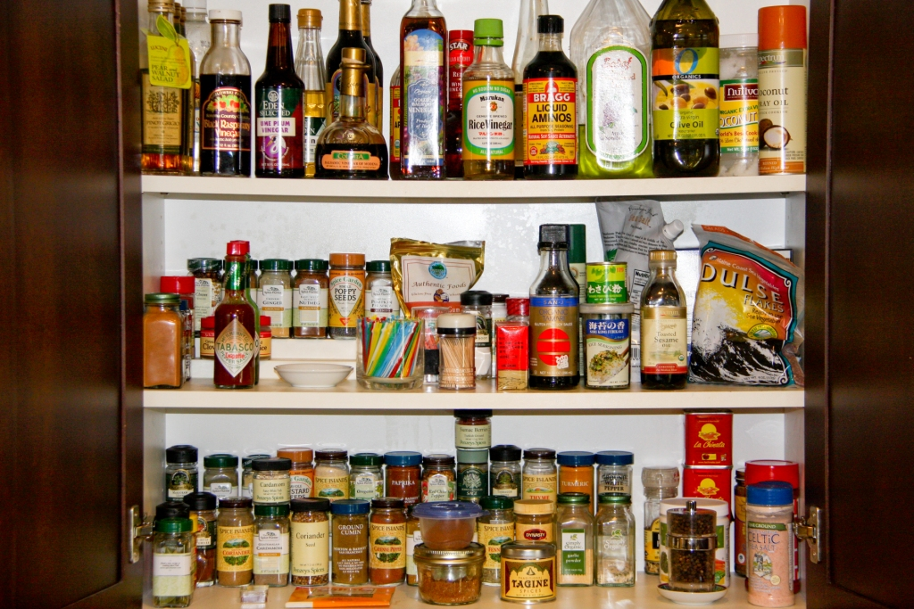 My Organized Spice, Vinegar, and Oil Pantry
